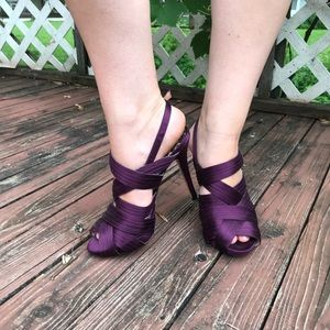 Rare betsey johnson strappy heels purple 7M